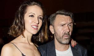 Матильда отсудила у Шнурова после развода три квартиры в Петербурге