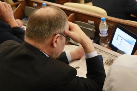 В России чиновников предложили обязать ввести помесячную отчетность
