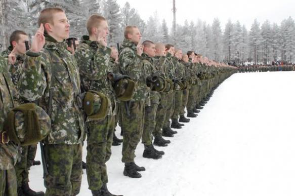 Левада - Центр: популярность вооруженных сил в России растет