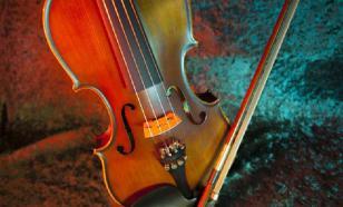 Пациентка проснулась во время операции на мозге ради игры на скрипке