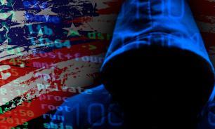 Угнетенная хакерами: Клинтон пытается заработать очки на кибервойне