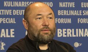 Бекмамбетов выпустит фильм о трагедии в керченском колледже