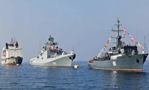 Военные корабли ходили в Петербург: состоялась репетиция парада в честь дня ВМФ