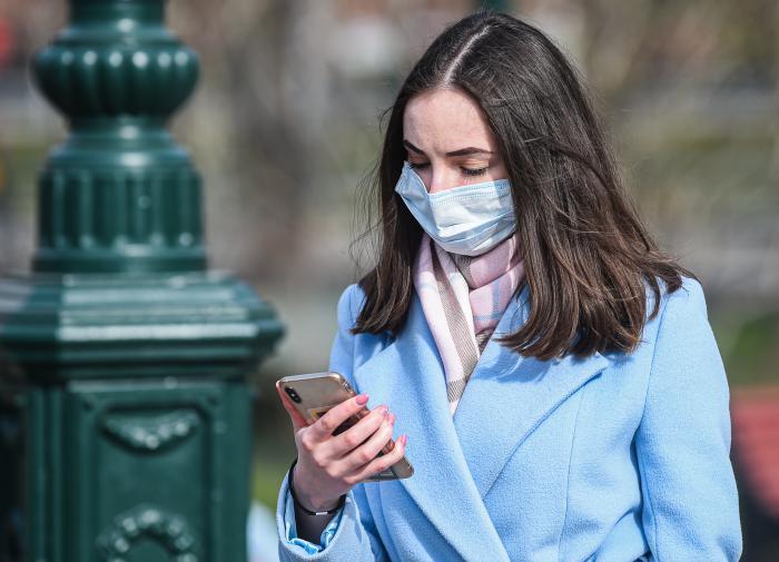 Число коронавирусных больных в России увеличилось на 6,6 тыс. человек