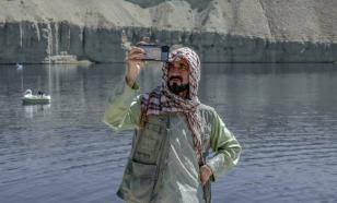 Туристы возвращаются в Большой каньон Афганистана