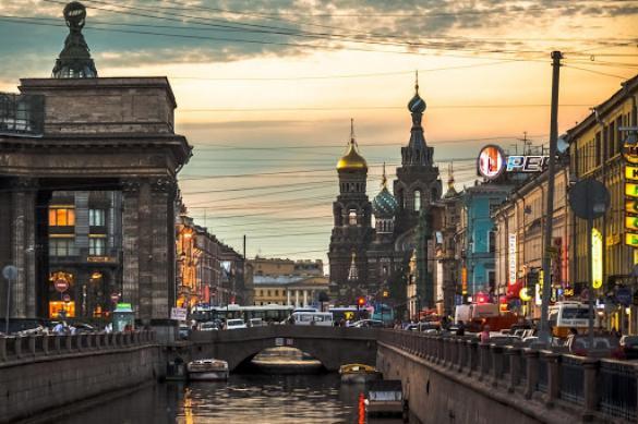 Защитит ли видеонаблюдение петербургские памятники от вандалов?