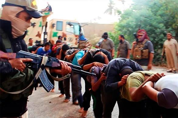 """На фоне резни и крови ИГ открывает в Ираке """"магазин подарков"""""""