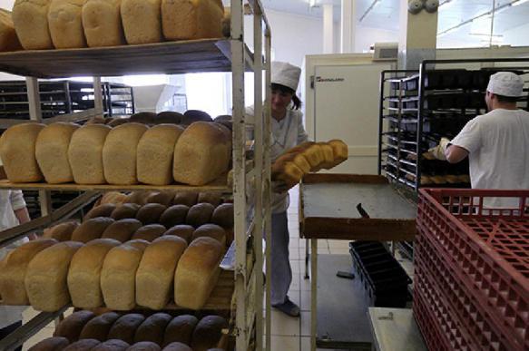 Цена на хлеб в России растет, а производство его падает