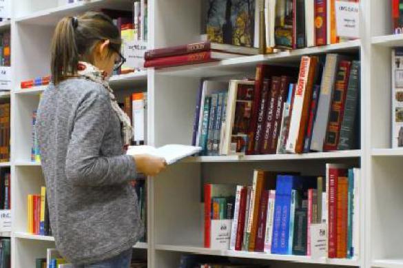 Соцопрос: треть жителей России не читает книги