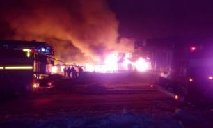 Утечка нефтепродуктов произошла при пожаре в Ухте