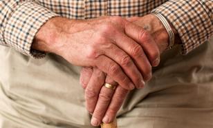 Невакцинированных от COVID-19 россиян старше 60 отправят на самоизоляцию