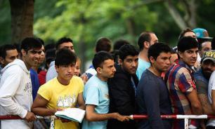 ЕС из-за проблемы беженцев созывает экстренную встречу