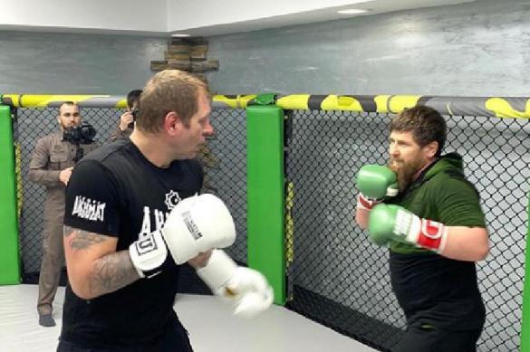 Кадыров провёл спарринг с Александром Емельяненко