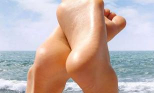 Эндокринолог объяснила, почему сохнет кожа на пятках