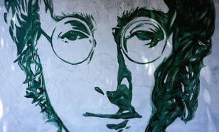 Опубликована новая версия биографии Джона Леннона