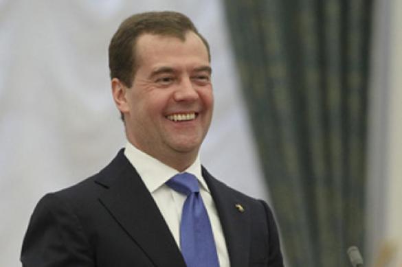 """Прощальный """"подарок"""" Медведева: 127,577 млрд на строительство ледокола"""