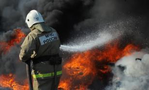 Под Оренбургом горит нефтяная скважина