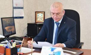 """Мэр Южно-Курильска попал в """"эротический скандал"""""""