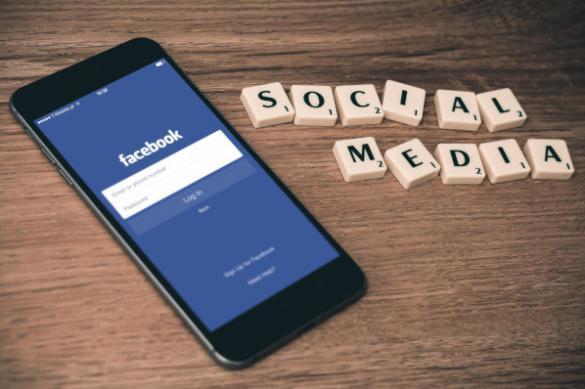 Facebook будет проверять личности авторов вирусных постов