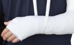 """Мужчине с переломом руки поставили диагноз """"беременность"""""""