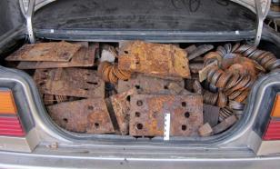 Две с половиной тонны деталей украли со склада в Калининграде