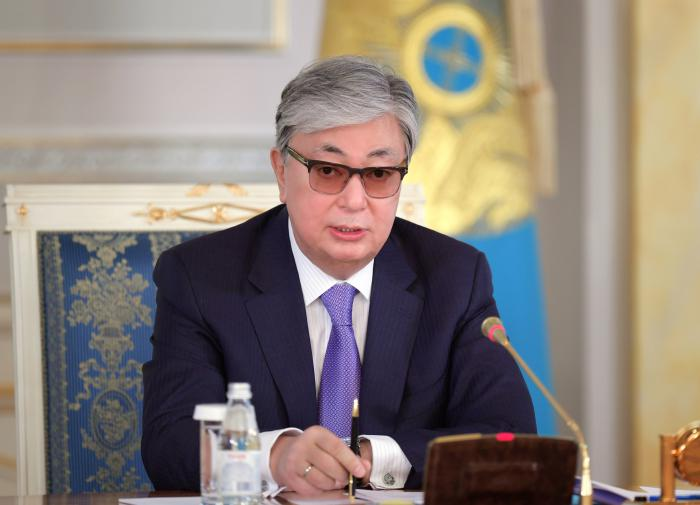 Токаев: казахский язык должен стать престижным  и востребованным