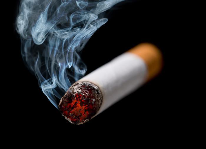 Врач: третичное курение намного вреднее, чем первичное и вторичное курение