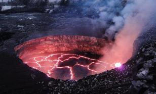 На Гавайях турист перелез через ограждения и упал в кратер вулкана