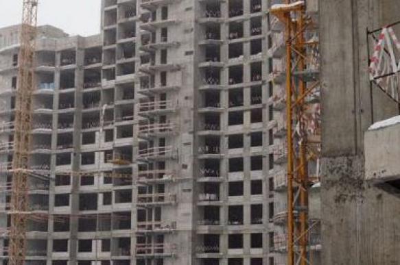 Завершения долгостроев Москвы ожидают 5 тысяч дольщиков