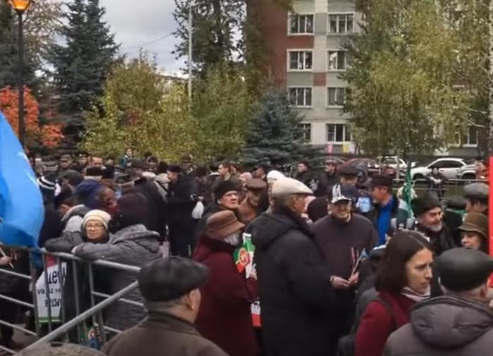 Впервые за 30 лет: активистам не разрешают напомнить о защитниках Казани