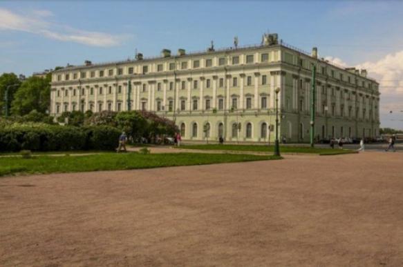 Дом Ахматовой в Петербурге превратят в гостиницу