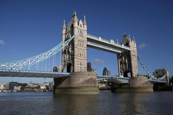 Мэр Лондона выступил против проведения матчей чемпионата Англии