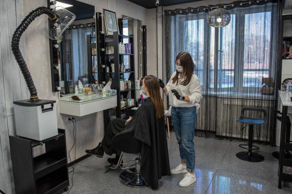 В Подмосковье с 3 июня откроются парикмахерские