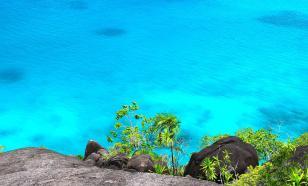 """Под Карибским морем обнаружили мощную """"каменную реку"""""""