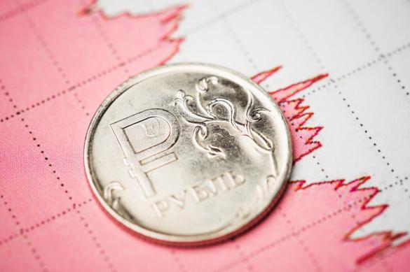 Рубль укрепляет свои позиции в преддверии праздников