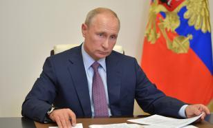 """Песков: Путин в курсе переноса """"Бессмертного полка"""""""