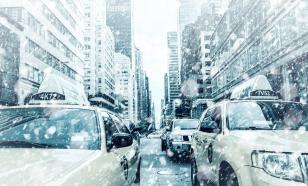 Общественники обратились в ФАС из-за роста цен на такси в снегопад