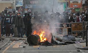 Полиция Гонконга подавила беспорядки из-за сноса ларьков