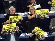 """Европа защищает """"пиратов"""" от США"""