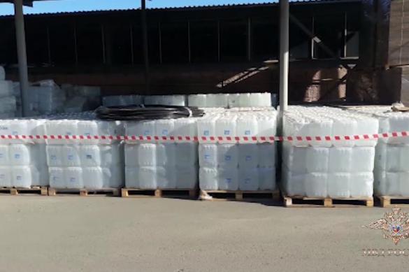 В Алании нашли сотни тысяч литров спирта непонятного происхождения