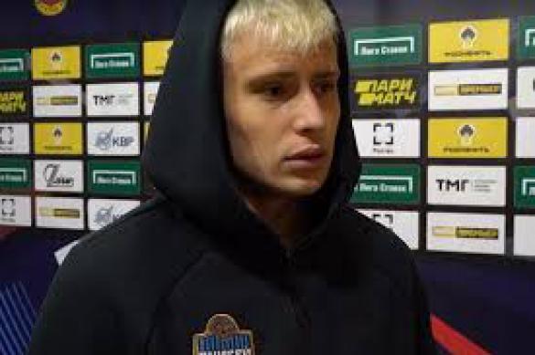 """Футболист """"Енисея"""" Данченко надеется, что скоро Россия и Украина помирятся"""