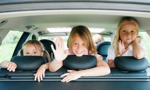 Какие опасности подстерегают ребёнка в машине?