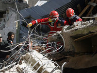 Турецкий мальчик 54 часа ждал помощи спасателей.
