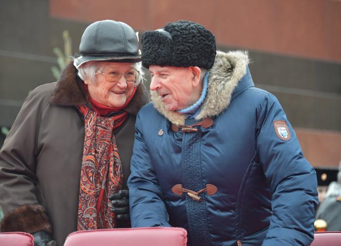 В Совфеде назвали лучший подарок для пенсионеров на Новый год