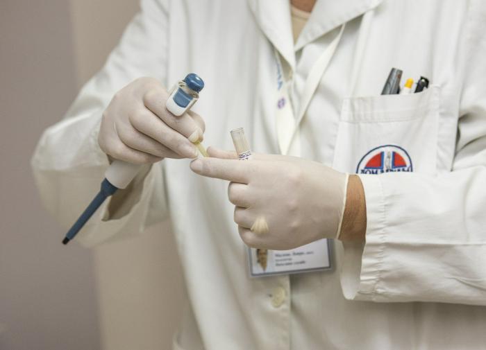 Почему ПЦР-тесты бесполезны при определении штамма коронавируса