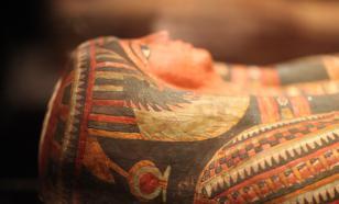 В египетском Луксоре археологи нашли древний тайник с саркофагами