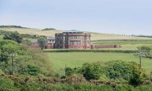 На острове в Ирландском море продается дом изобретателя термостата Тейлора