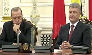 Эрдоган отомстил Путину, уснув рядом с Порошенко