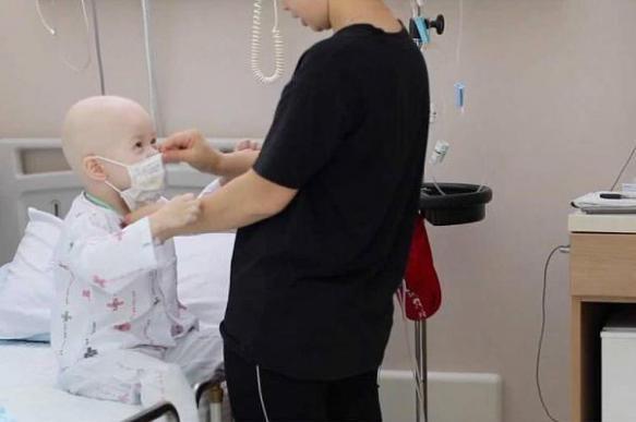 Наиболее частые симптомы нейробластомы - боли, повышение температуры и снижение веса у ребенка