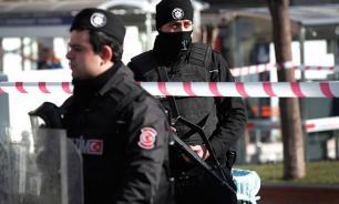 В результате взрыва в Турции погибли пять полицейских